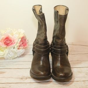 FRYE Boots Brown Leather Distressed Buckle Sz. 7.5